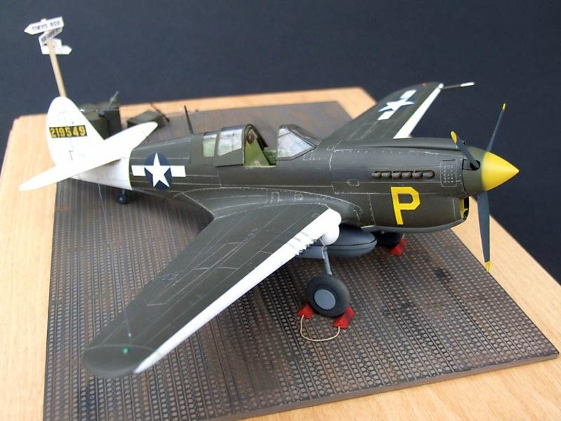 curtiss-p40n-warhawk-01