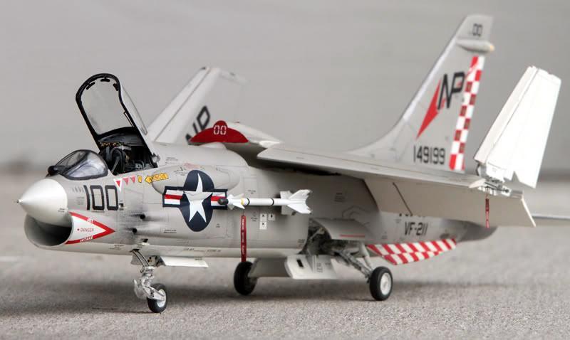 F-8J p1