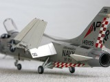 F-8J p3