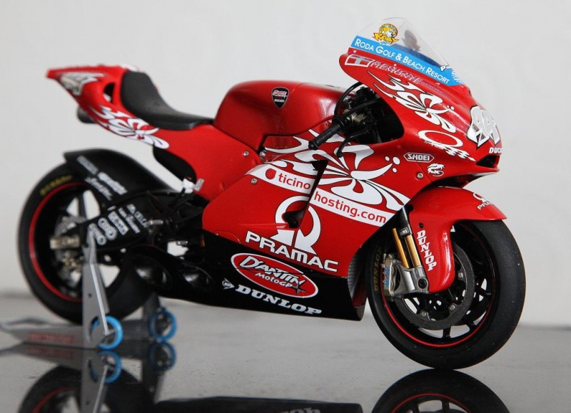 Ducati 8