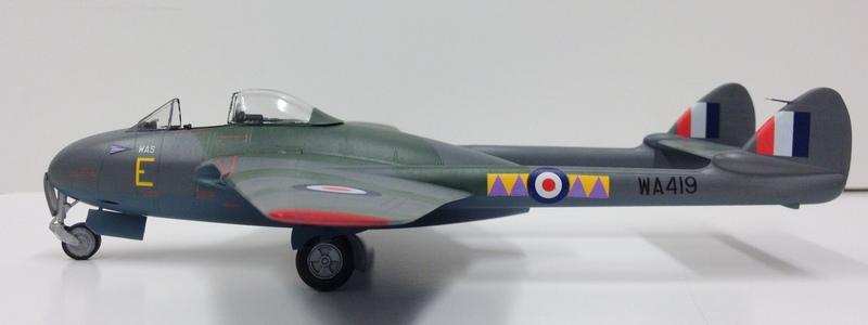 Trumpeter Mk.9 Vampire FB Scale 1//48 British Fighter Airplane Model Kit