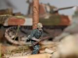 Marine Corps WW2 Diorama 7-20-14 018