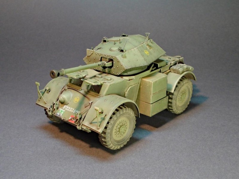 Staghound-Mk.III-002