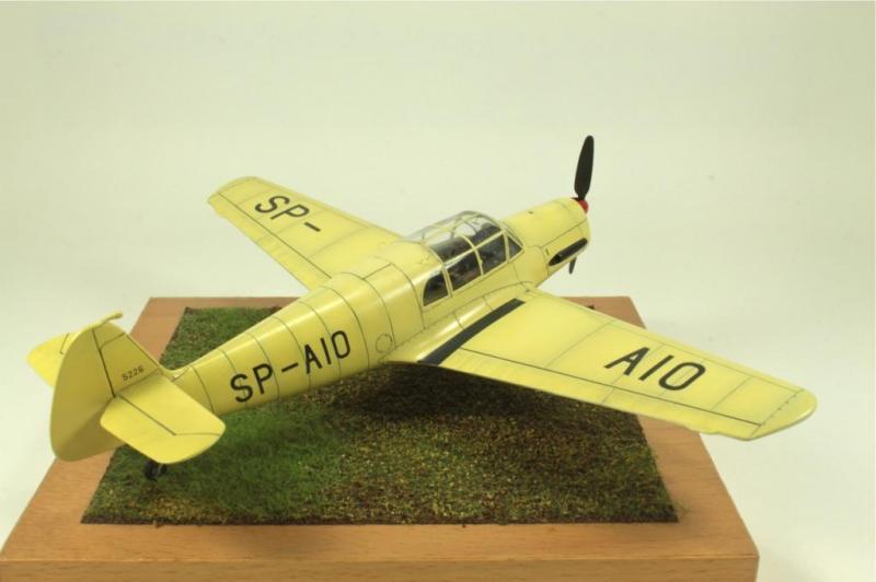 Marek Halas_Eduard_Messerschmitt Bf 108_026B