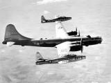 EF-84D-1-RE-48-661-USAF-TipTow-19501020-UvNoTa-MX1016-01-900