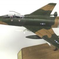 F-100F-8