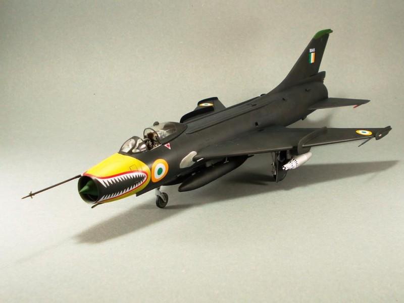 Su-7BMK_001