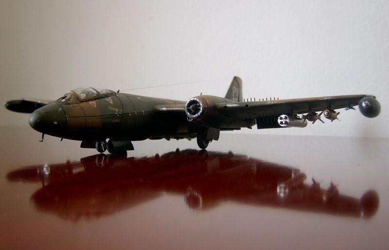B-57B 716