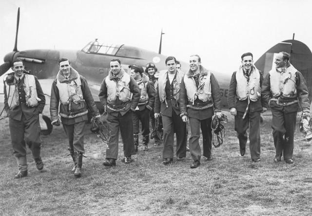 303-squadron-640x444