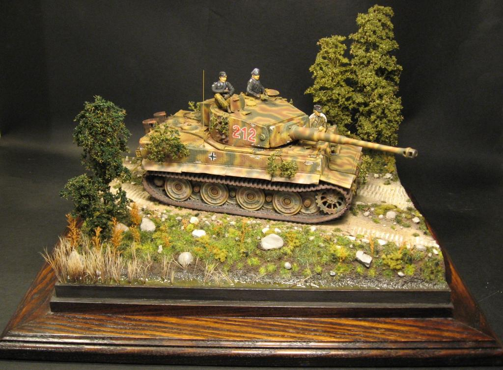 Make Your Own Diorama: How To Build A Small And Easy Diorama.