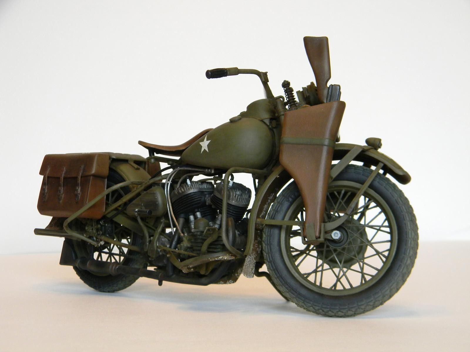 1942 harley davidson wla by italeri imodeler. Black Bedroom Furniture Sets. Home Design Ideas