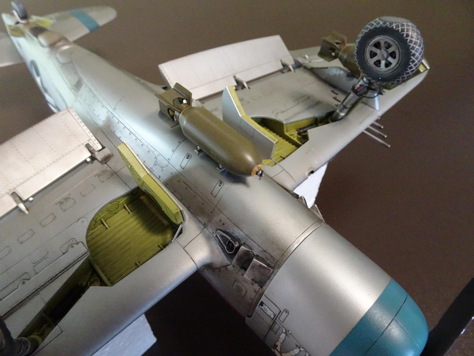 Yahu Models 1//32 Republic P-47D Thunderbolt Late # YMA3223
